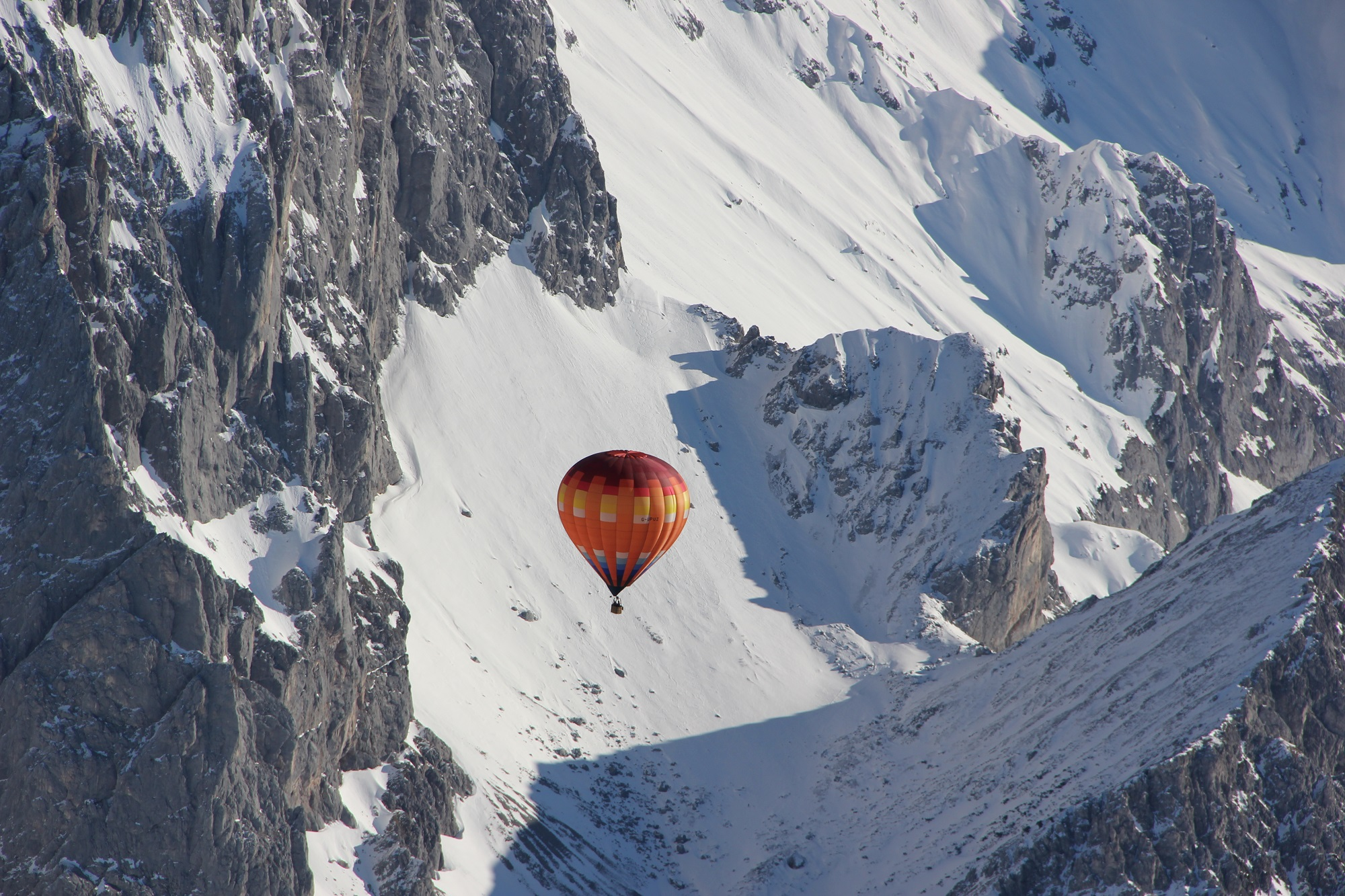 hot-air-balloon-Austrian-mountains